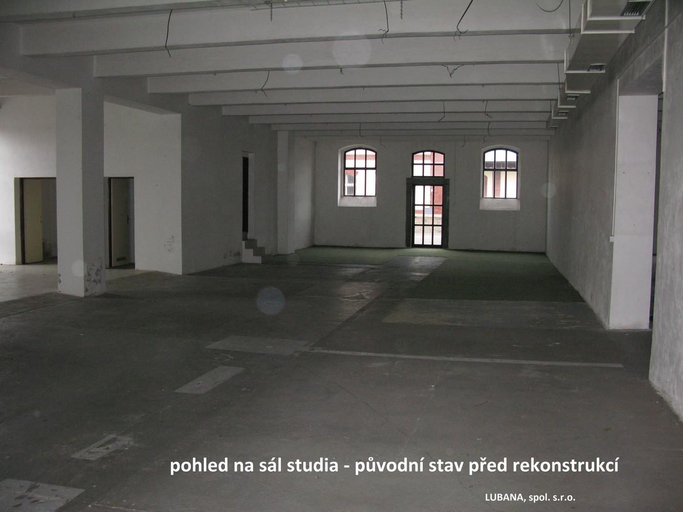 původní stav interiéru před rekonstrukcí