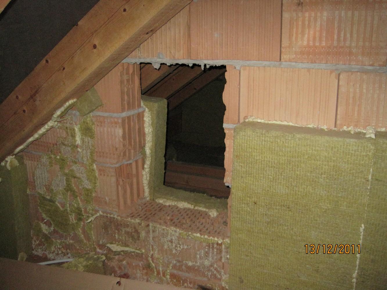 původní stav před výstavbou obytného podkroví