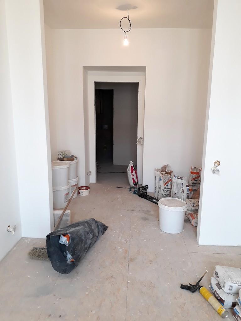prostor ložnice bytu výmalba a sádrokartonářské prvky