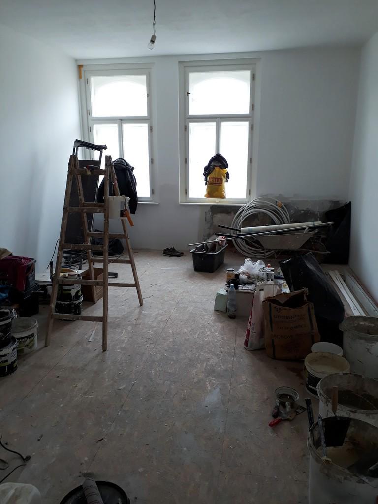 dětský pokoj bytu rekonstrukce omítek