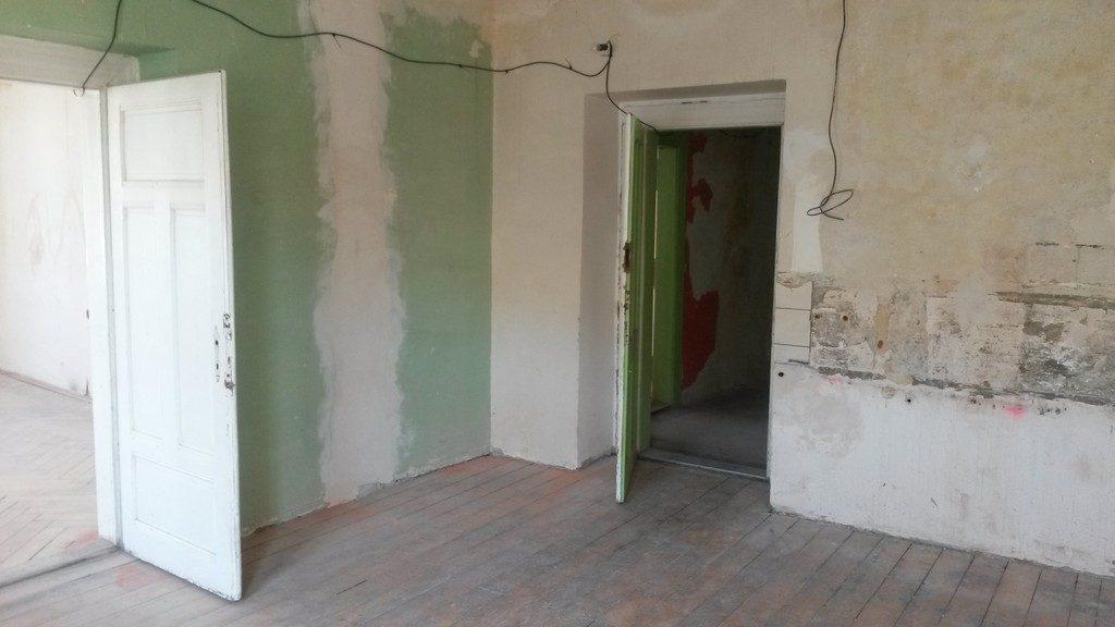 dětský pokoj bytu původní stav ( původně pokoj kuchyně )