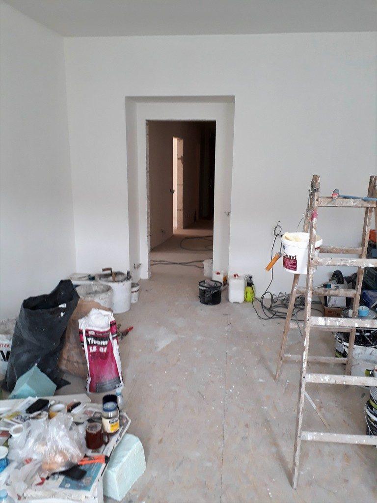 dětský pokoj bytu po provedení rekonstrukce stavební podlahy
