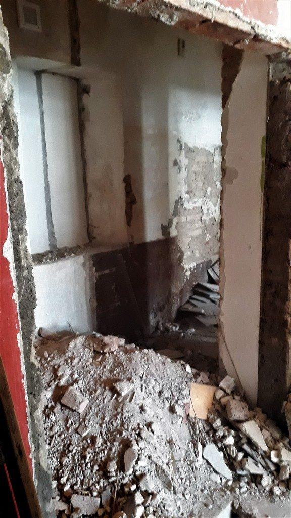 koupelna  demoliční práce