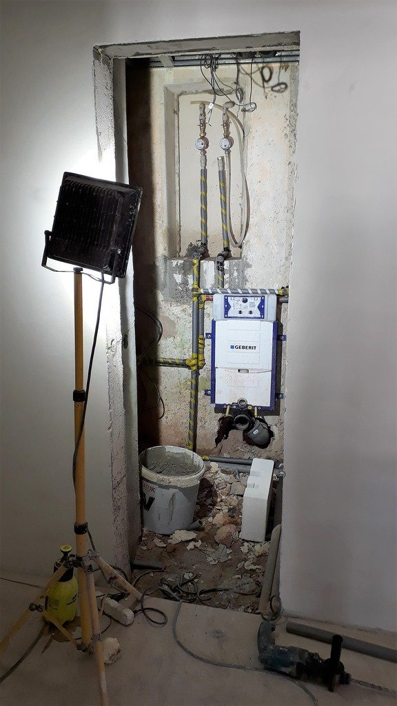 toaleta rozvody vodovod / odpady