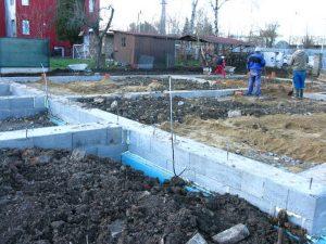 založení stavby rodinného domu zasypávání ležaté kanalizace